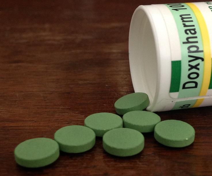 Pulzáló doxycycline terápia